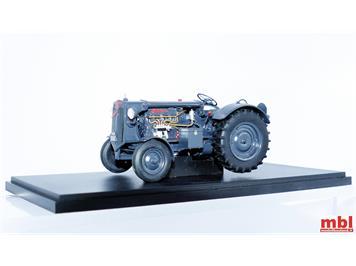 ATC Autocult GmbH 003015 Hürlimann D200 Armeetraktor 4 der Schweizer Armee,1:32