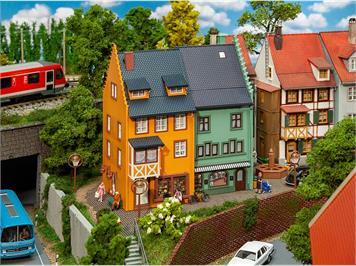 Faller 130710 2 Reihenendhäuser Kleinstadt, H0 1:87