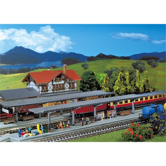 Faller 222126 2 Bahnsteige N