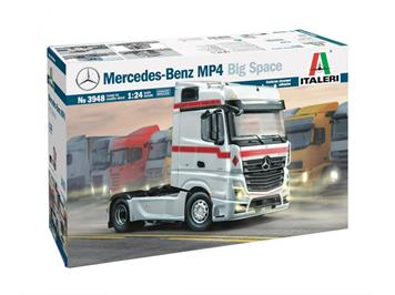 Italeri 3948 Mercedes-Benz MP4 Big Space, 1:24