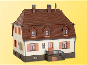 Kibri 38166 Wohnhaus mit Walmdach