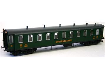Liliput Gotthardbahnwagen grün 3. Klasse mit Schlusslicht