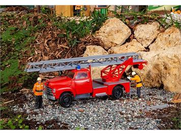 Pola 331614 Feuerwehrfahrzeug Opel Blitz mit Drehleiter