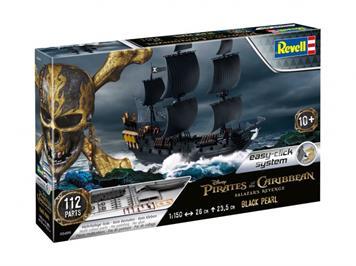 Revell 05499 Black Pearl 1:150