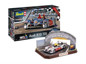 Revell 05682 Geschenkset Audi R10 TDI LeMans + 3D, Maßstab: 1:24