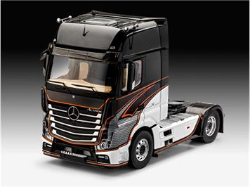 Revell 07439 Mercedes-Benz Actros MP4 1:24
