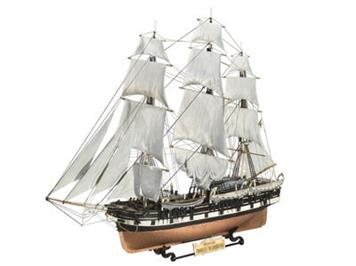 Revell Charles W. Morgan / Historic Whaling Ship 1:110