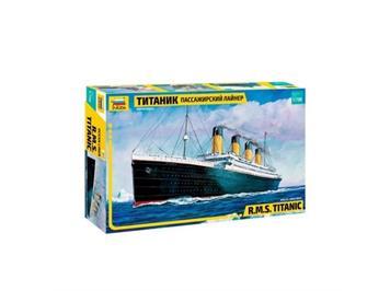 Zvezda 9059 RMS Titanic · Maßstab 1:700