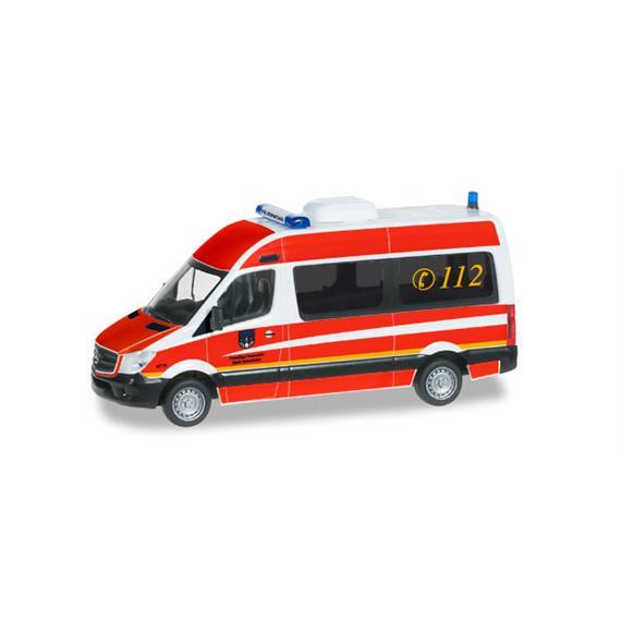 """Herpa 092074 MB Sprinter '13 Bus Hochdach """"FFW Holzminden"""" HO"""