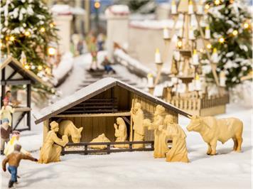 Noch 14394 Laser-Cut Weihnachtsmarkt-Krippe mit Figuren HO