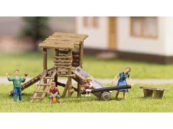NOCH Abenteuerspielplatz, 4 Figuren, Spielplatzzubehör Spur H0
