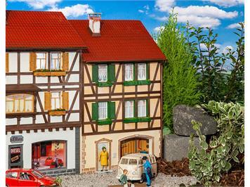Pola 331778 Stadt-Reliefhaus, G