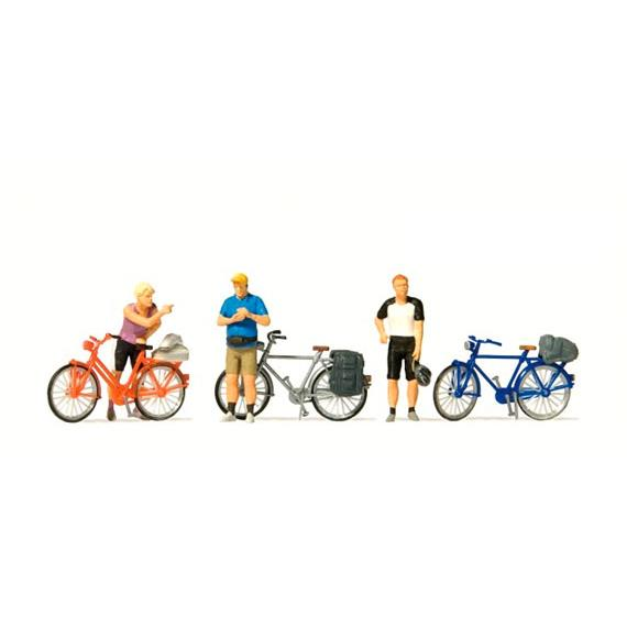 Preiser 10644 stehende Radfahrer in sportlicher Kleidung