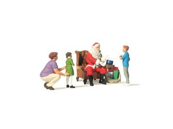 Preiser 44931 Weihnachtsmann in Sessel, Mutter mit Kindern G