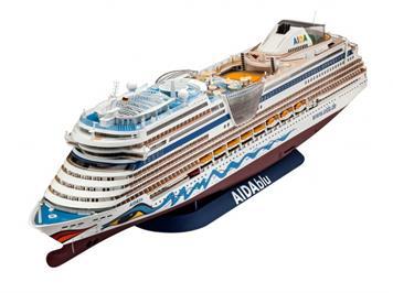 Revell 05230 Kreuzfahrtschiff AIDA (blu, sol, mar, stella) 1:400