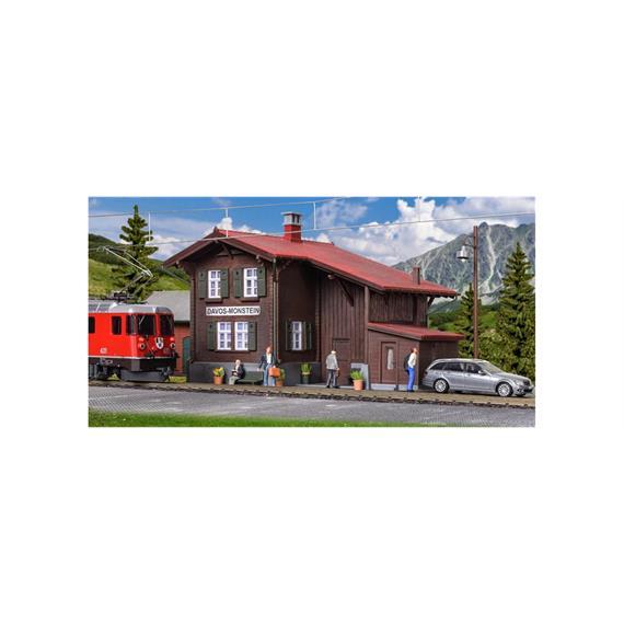 Kibri 39493 Bahnhof Davos-Monstein mit Beleuchtung HO