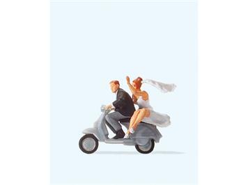 Preiser 28150 Brautpaar auf Vespa HO