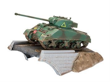 Revell 03299 First Diorama Set - Sherman Firefly, Bausatz, Maßstab: 1:76