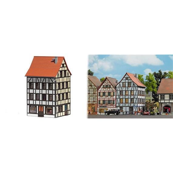 Busch 1536 Eckhaus HO