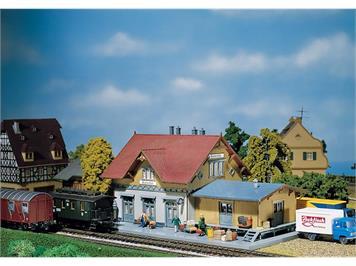 """Faller 110097 Bahnhof """"Blumenfeld"""""""