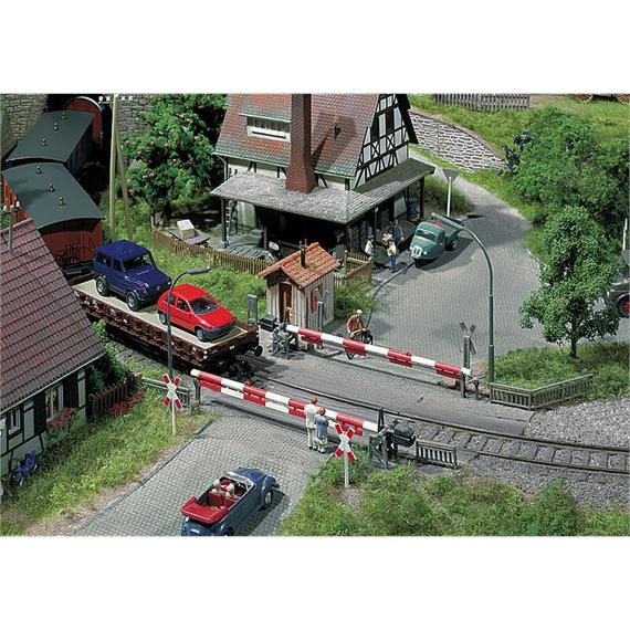 Faller 120172 Bahnübergang mit Schranke