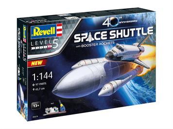 Revell 05674 Geschenkset Space Shuttle& Booster Rockets, 40th., Maßstab: 1:144