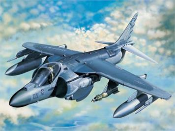 Trumpeter 02286 Boeing AV-8B Harrier II Plus 1:32