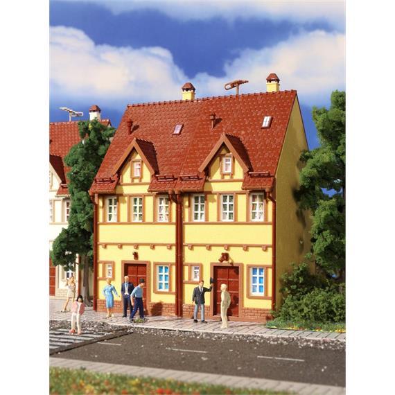 Vollmer 3844 Reihen-Doppelhaus gelb